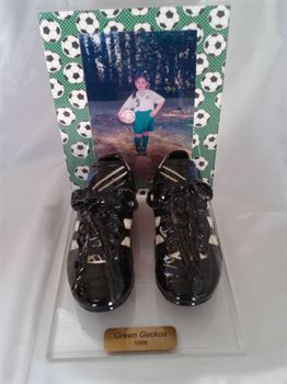 Picture of Style 5025 - Youth sports shoes with frame